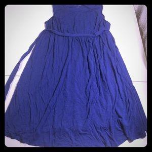 Liz Lange maternity midi dress in blue